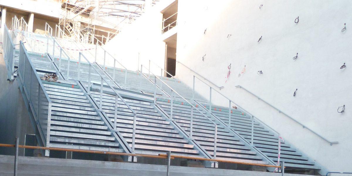 Escaliers du Pôle de Loisirs et de Commerces de Lyon Confluence
